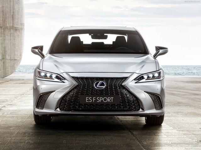 Lexus-ES-2019-1600-1a.jpg