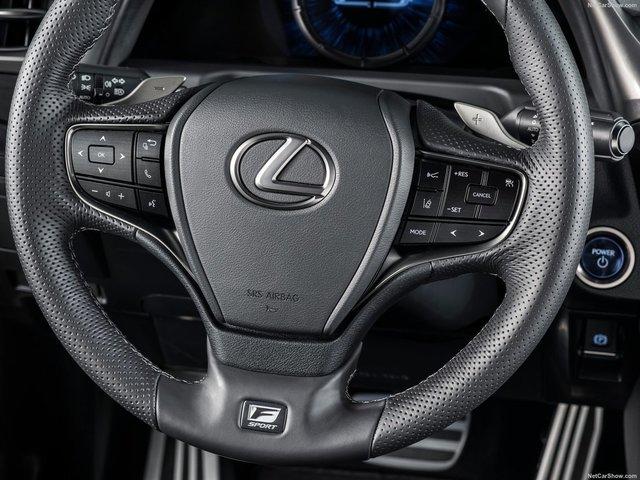 Lexus-ES-2019-1600-28.jpg