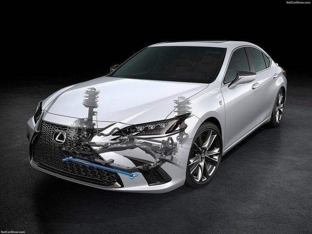 Lexus-ES-2019-1600-49.jpg