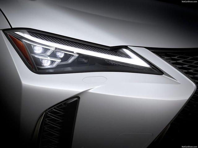 Lexus-UX-2019-1600-4c.jpg