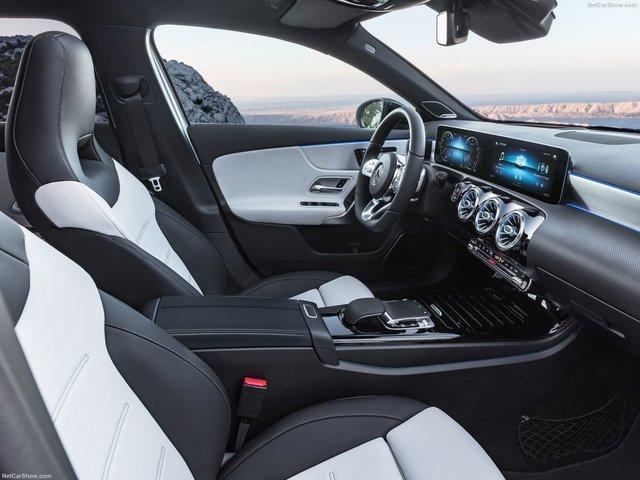 Mercedes-Benz-A-Class-2019-1600-3a.jpg
