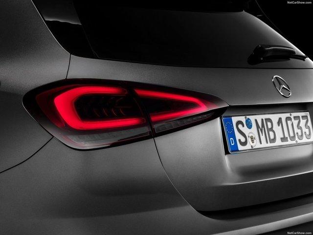 Mercedes-Benz-A-Class-2019-1600-4a.jpg