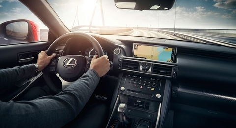 th_16-10-05-lexus-is-2017-europe-15.jpg