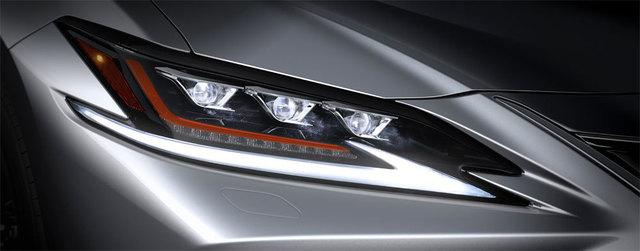 x18-06-05-lexus-es-triple-lamp-headlights.jpg.pagespeed.ic.QY0JAhQlhi.jpg