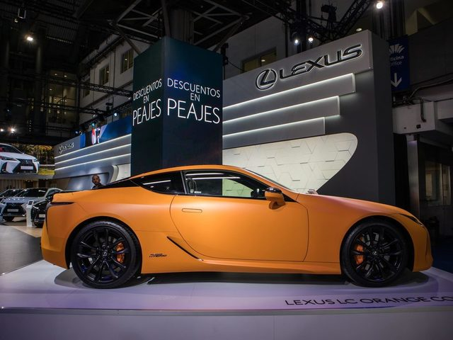 19-05-16-gallery-lexus-lc-space-orange-live-10-1.jpg