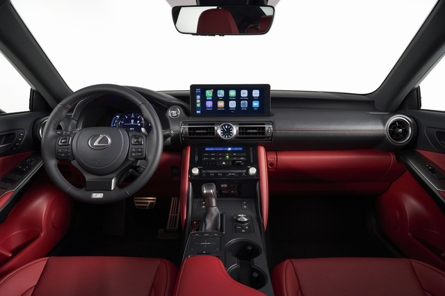 20-06-14-lexus-2021-is-reveal-18.jpg