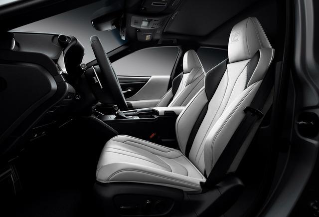 2021_Lexus_ES_Black_Line_SE_003-3.jpg