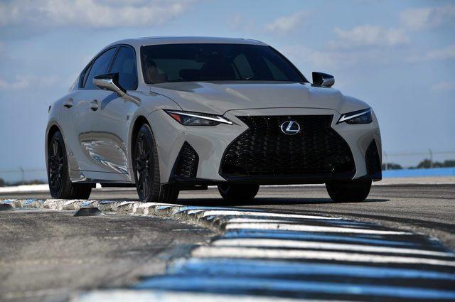 2022_Lexus_IS_500_F_SPORT_Performance_Launch_Edition_028-1500x999.jpg