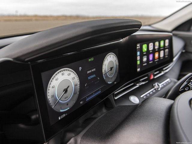 Hyundai-Elantra-2021-1600-22.jpg