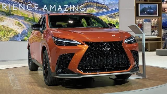 all-new-2022-lexus-nx-goes-on-display-in-chicago-wearing-cadmium-orange_3.jpg