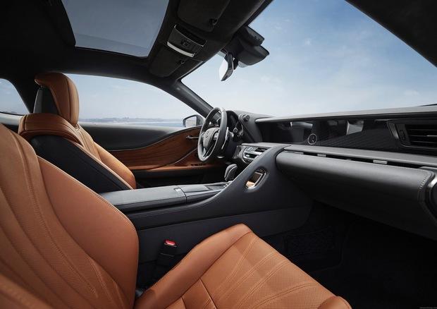 th_2020_Lexus_LC_Inspriation_Series_fint2_NR.jpg