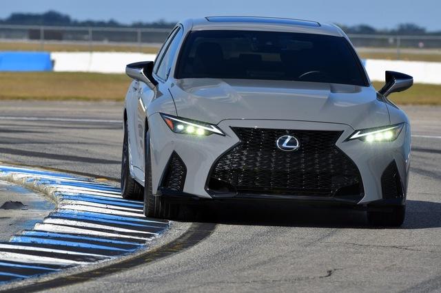 th_2022_Lexus_IS_500_F_SPORT_Performance_Launch_Edition_033-1.jpg