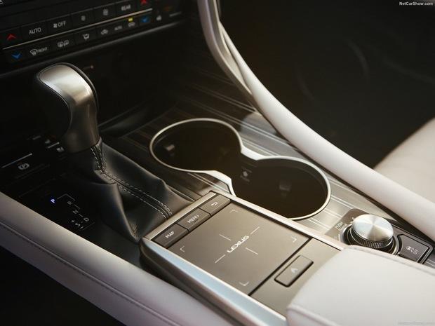 th_Lexus-RX_L-2020-1600-13.jpg